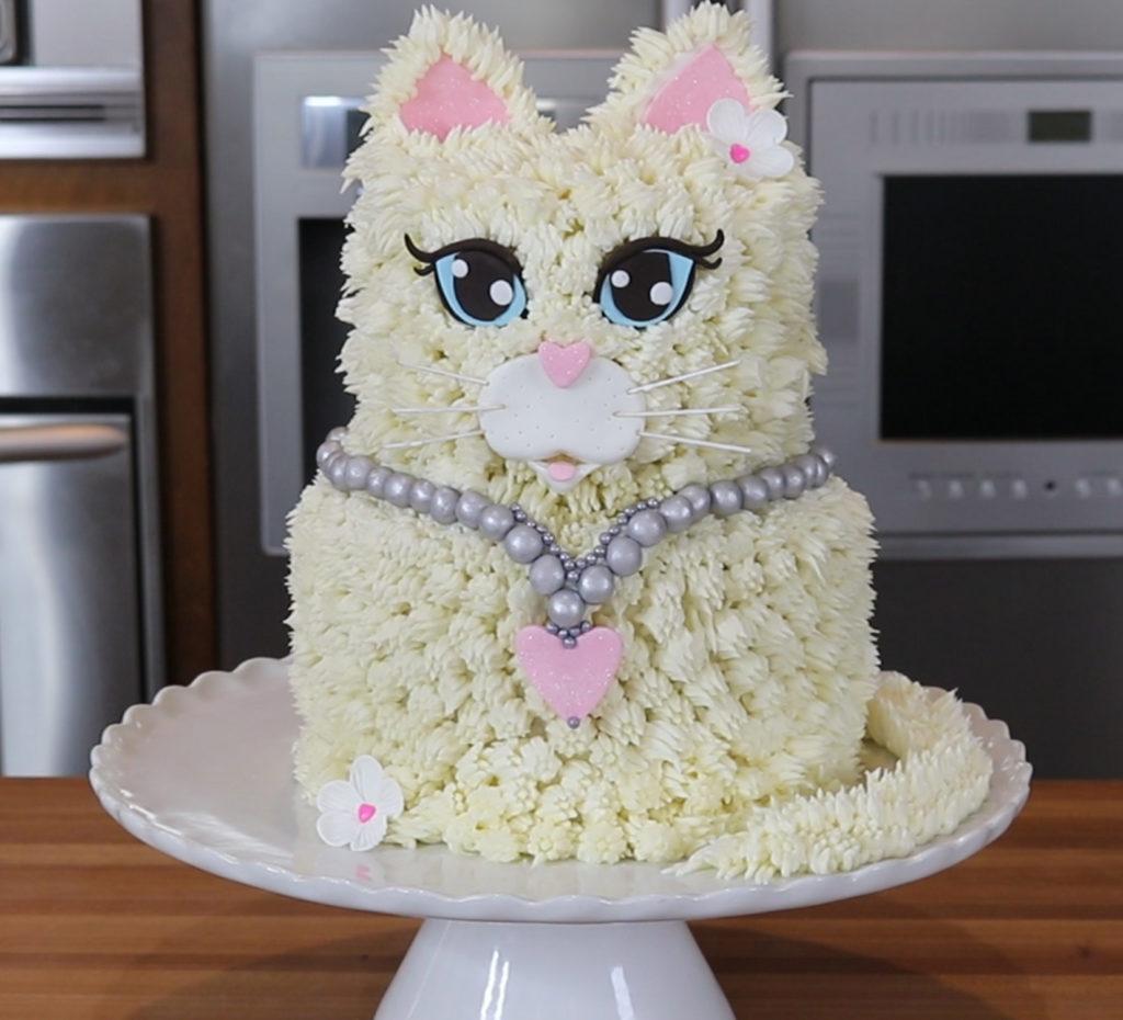 Kitty Cat Cake Pops